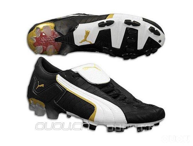 PUMA足球鞋的CELL蜂窝减震技术